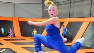"""Angela, ferita nell'esplosione di Parigi: la Rete si mobilita per aiutarla a """"ballare di nuovo"""""""