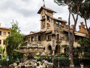Lo storico quartiere Coppedé a Roma.