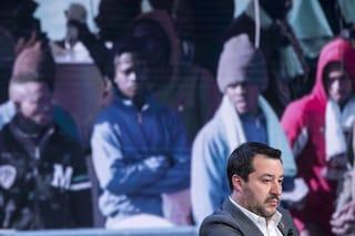 """Sea Watch: """"Polizia a bordo, e in mare nessuna nave ong"""". Salvini: """"Perché hanno paura?"""""""