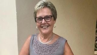 La moglie lo lascia dopo 50 anni per l'amico ritrovato su Facebook: lui la uccide a coltellate