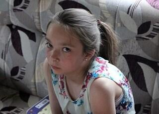 Non lava i piatti e la madre la sgrida: 13enne fugge di casa. Trovata impiccata nel bosco
