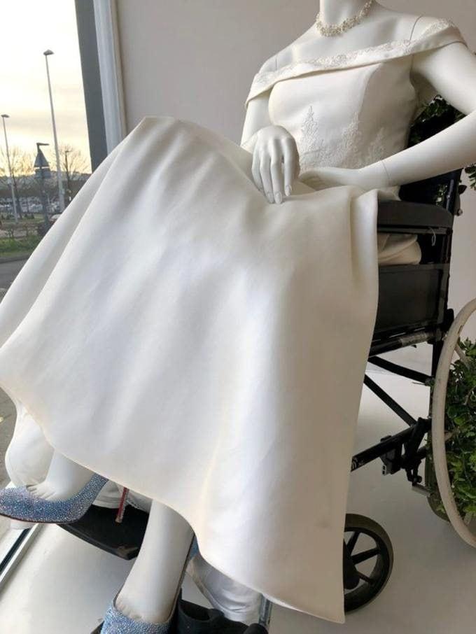 Dettagli dell'abito da sposa