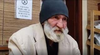 Chi è Mesej, il senzatetto a cui il vicesindaco di Trieste ha buttato vestiti e coperte