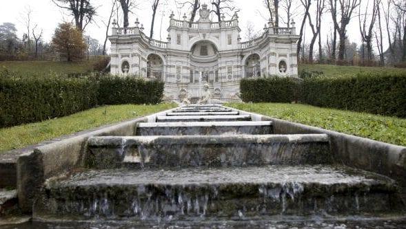 La suggestiva fontana della Villa della Regina, Torino.