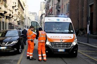 Torino, incidente mortale: fa manovra nel parcheggio del supermarket e investe anziana