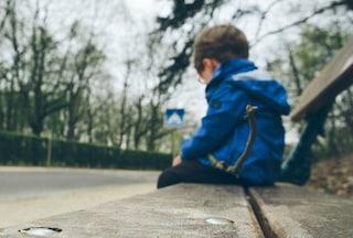 Bimbo di 3 anni si sgancia dal seggiolone e vaga per le campagne di Santa Croce Camerina
