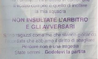 """Parma, i giovani calciatori scrivono ai genitori: """"Non insultate arbitro e avversari"""""""