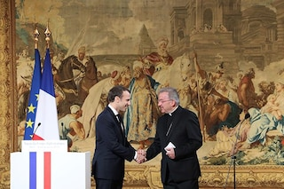 Molestie sessuali su un giovane funzionario, indagato nunzio apostolico del Vaticano in Francia