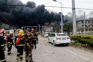 Cina, esplosione in un impianto chimico: almeno 47 morti, decine di feriti in condizioni critiche