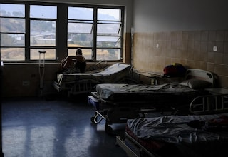 """Venezuela, medici denunciano: """"Almeno 14 morti in ospedale a causa del blackout"""""""