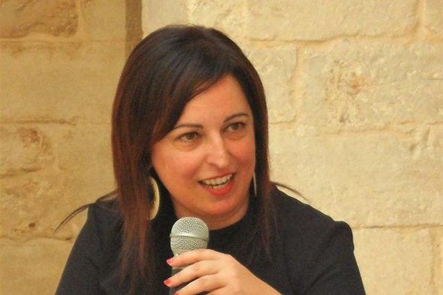 Lorita Tinelli è psicologa forense presso il Tribunale di Bari