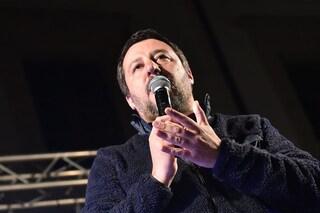 """Migranti, Marina militare soccorre 40 persone in mare. Salvini: """"Perché? Io non do porti"""""""
