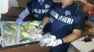Rimini, controlli a tappeto dei Nas: hotel e ristoranti chiusi perché avevano cibo scaduto