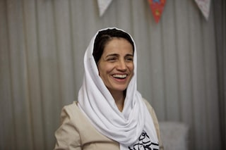 Chi è Nasrin Sotoudeh, l'avvocatessa per i diritti umani condannata a 38 anni e 148 frustate