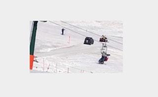 """Trentino, in auto sulle piste da sci: """"Volevo andare al ristorante"""". Multato di 30 euro"""