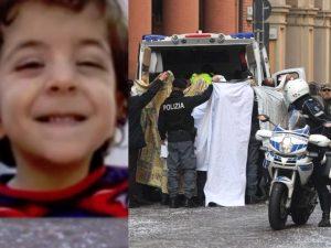 Il piccolo Gianlorenzo Manchisi sulla sinistra (da Il Corriere della Sera).