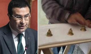 Sottosegretario Candiani li filma, truffatori delle tre campanelle picchiano sua madre