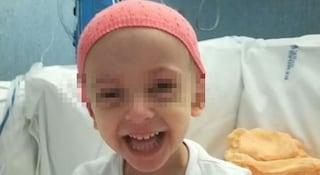 """Elisa, nuovo incubo per la bimba malata di leucemia: """"Trapianto fallito. La belva è tornata"""""""