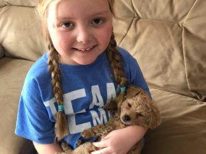 Emma la bimba di 7 anni che ha ricevuto pi di 100mila lettere dai cani di tutto il mondo - Radioterapia a bagno ...