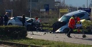 Molise, nuova strage sulla Bifernina: scontro frontale tra auto, 2 morti e traffico in tilt
