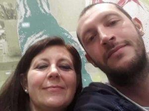 Romina e il figlio Luca (Facebook).