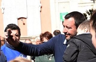 """Flat tax, arriva il reddito familiare. Mef: """"Costa 60 mld, è troppo"""". Salvini: """"Ne bastano 12"""""""