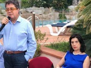 Tusa con la moglie Valeria Patrizia Li Vigni (Facebook).