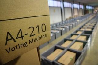 """Voto elettronico, proposta M5S fa infuriare FI: """"Italia non è una grande piattaforma Rousseau"""""""