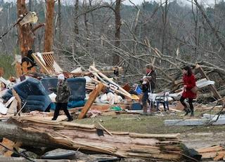 Maltempo nel Sud degli Stati Uniti: 8 morti tra cui 3 bimbi, 90mila case senza elettricità