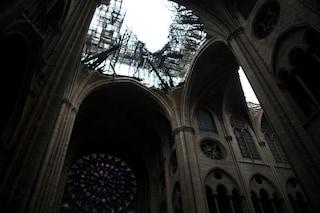 Incendio Notre Dame, la cattedrale senza assicurazione. Macron affida i lavori a un generale