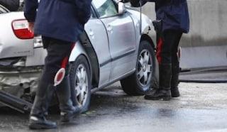 Bologna, drammatico scontro tra auto e furgone: muore bimbo di 7 anni, ferito il padre