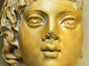 Il culto di Attis nell'antica Roma era legato ai cicli della natura e alla primavera.