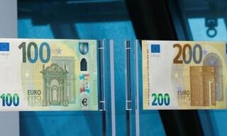 Arrivano le nuove banconote da 100 e 200 euro, in circolazione da maggio: saranno più piccole
