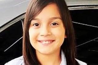 """Denise muore a 11 dopo essersi lavata i denti. La mamma denuncia: """"Colpa del dentifricio"""""""
