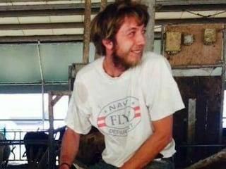 Parma, incidente sul lavoro: Massimo, 26 anni, muore travolto da un ballone di fieno