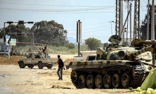 """Libia, Di Maio e Trenta sono d'accordo: i """"porti chiusi"""" non bastano, servono misure vere"""