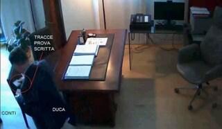 """""""Se ci sentono sono cinque reati all'ora"""", le intercettazioni sui concorsi truccati in Umbria"""