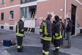 Imola, incendio in una palazzina: quattro persone intossicate e 10 famiglie evacuate