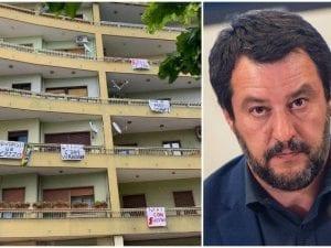 Striscioni contro Salvini a Catanzaro