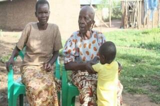 """Grace, 19 anni, venduta per 4 mucche a una donna: """"Sono sua moglie, devo fare figli per lei"""""""