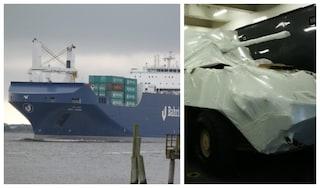 """Genova, i portuali non fanno attraccare nave carica di armi: """"Porti chiusi a chi semina guerra"""""""