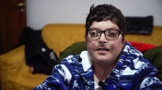 """Taranto, Francesco muore a 20 anni ucciso dall'anemia emolitica: """"Addio all'eroe dei Tamburi"""""""