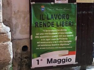 Il Lavoro Rende Liberi La Gaffe Del Comune Di Martina