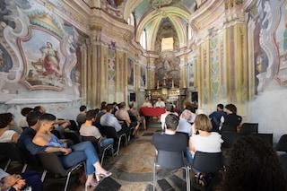 """Ivrea, torna """"La grande invasione"""": il festival della lettura trasforma la città"""
