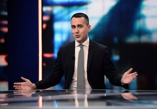 """Decreto sicurezza bis, Luigi Di Maio: """"Giusto che decida Mattarella, la Lega ormai è paranoica"""""""