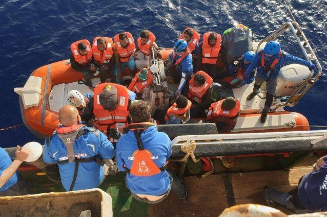 """Mare Jonio, la Procura chiede di archiviare le indagini: """"Salvare vite in mare non è reato"""""""