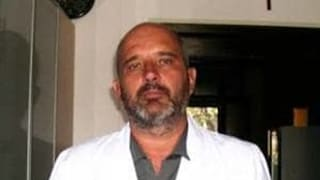 Malore mentre visita per Riccardo Vannozzi: il primario di Neurochirurgia di Pisa è grave