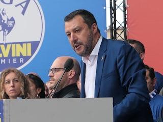 """Crisi di governo, Salvini a Pescara: """"Basta no, chiedo a italiani di farci salvare Paese"""""""