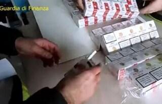 Trapani, sequestrate 6 tonnellate di sigarette di contrabbando su una barca: 5 arresti