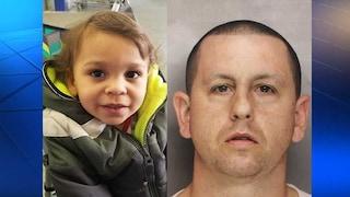 Prende un farmaco e sviene sul divano schiacciando il figliastro di 2 anni: il bimbo muore